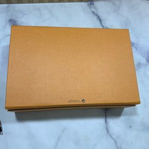 Louis Vuitton Storage & Organization - LOUIS VUITTON magnetic saffron gift box